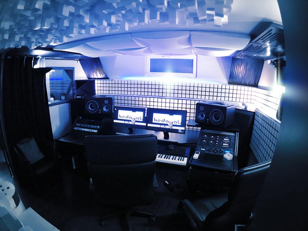 Régie technique du studio d'enregistrement Hedayat Music